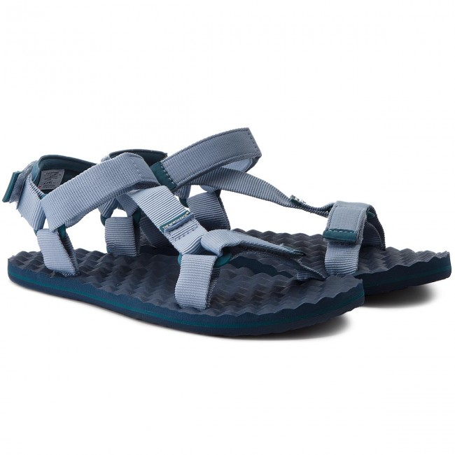 The North Face BASECMP SWITCHBACK - Walking sandals - dusty blue/blue coral vurqmg35