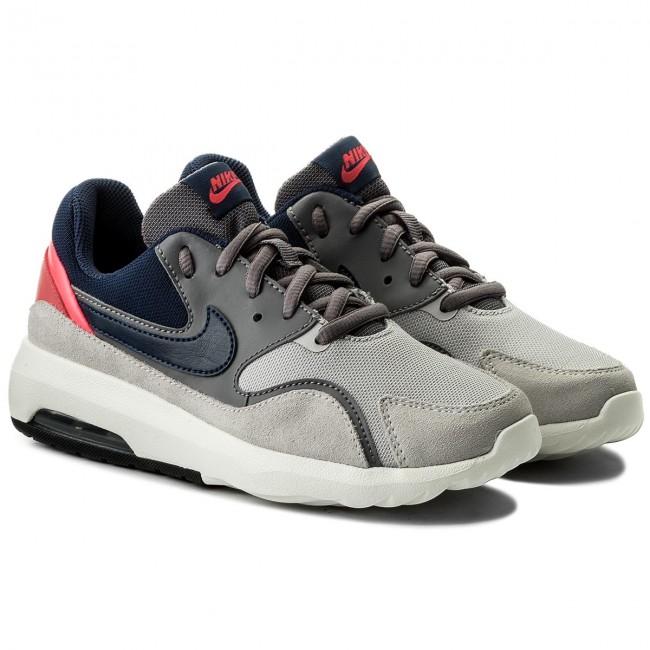 Shoes NIKE - Air Max Nostalgic 916789