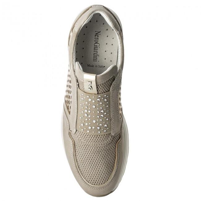 Sneakers NERO GIARDINI - P805231D Stars Savana 505