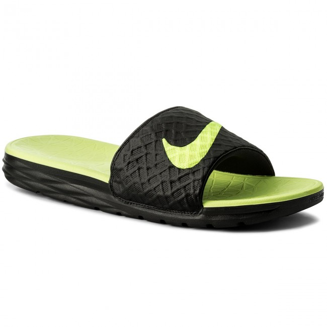 4d4132c23272 Slides NIKE - Benassi Solarsoft 705474 070 Black Volt - Clogs and ...
