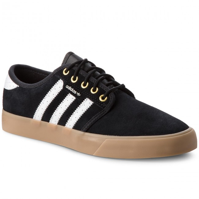 38961c22f924 Shoes adidas - Seeley B27789 Cblack Ftwwht Goldmt - Sneakers - Low ...
