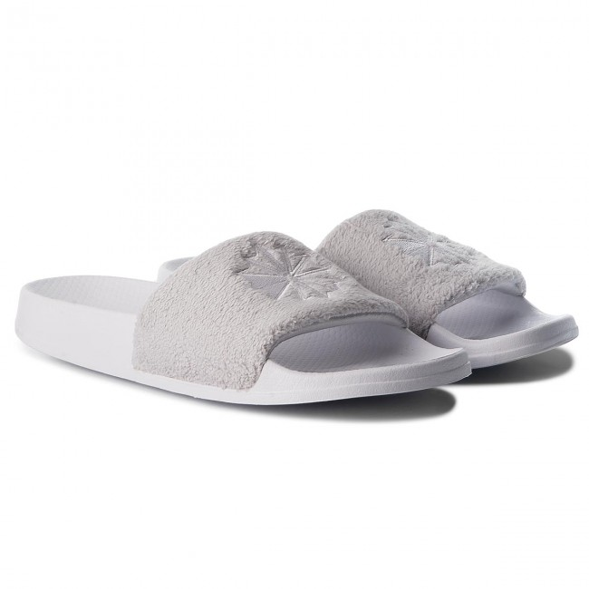 67ed15ad497 Slides Reebok - Classic Slide CN4192 White Lgh Solid Grey - Clogs and mules  - Mules and sandals - Men s shoes - www.efootwear.eu