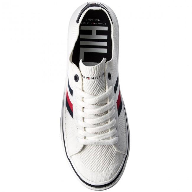 9da5748f9 Plimsolls TOMMY HILFIGER - Lightweight Corporate Sneaker FM0FM01619 White  100 - Plimsolls - Low shoes - Men s shoes - www.efootwear.eu