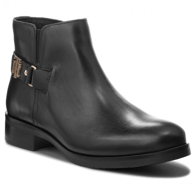 18f4d53b0b703 Boots TOMMY HILFIGER - Th Buckle Leather Bo FW0FW03128 Black 990 ...