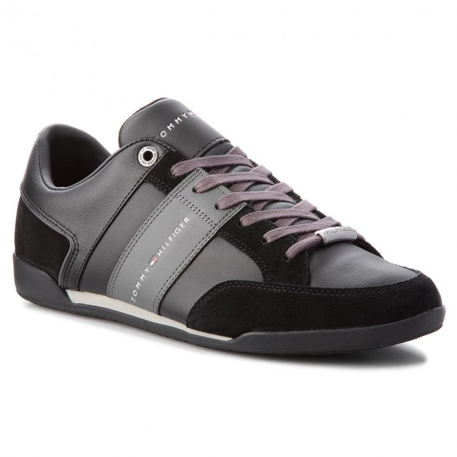 b5b60eecaa Sneakers TOMMY HILFIGER - Corporate Material M FM0FM01778 Black 990 ...