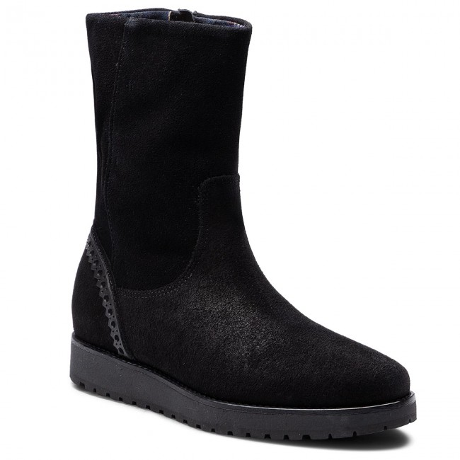 d7684cbb487a Boots TOMMY HILFIGER - Essential Suede Boot FW0FW03279 Black 990 ...