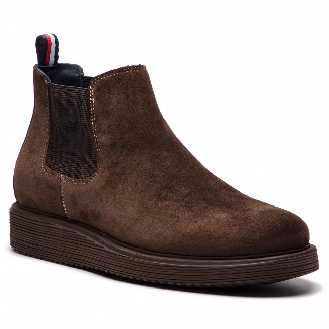 e5b66c2e927434 Ankle Boots TOMMY HILFIGER - Suede Wedge Chelsea FM0FM01792 Coffee ...