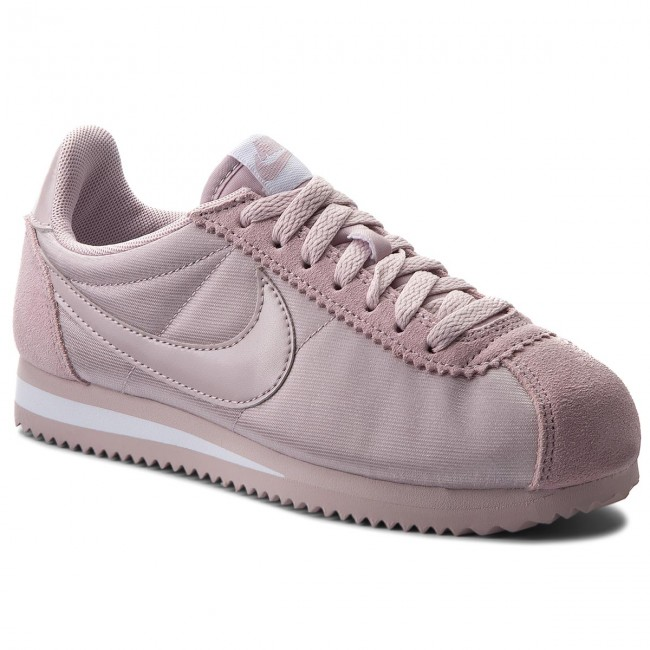 c8ba1339566d Shoes NIKE - Classic Cortez Nylon 749864 607 Particle Rose Particle ...