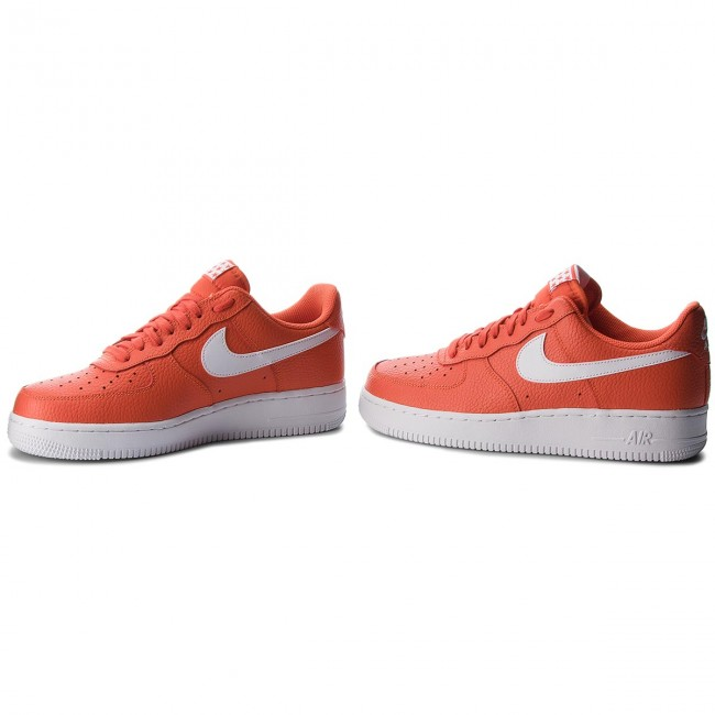 pretty nice bbe98 44654 Shoes NIKE - Air Force 1 07 AA4083 800 Team OrangeWhite