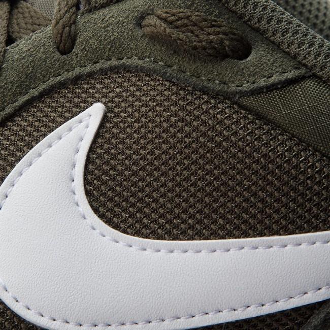 on sale 3637b ca284 Shoes NIKE - Md Runner 2 749794 301 Cargo Khaki White Light Bone