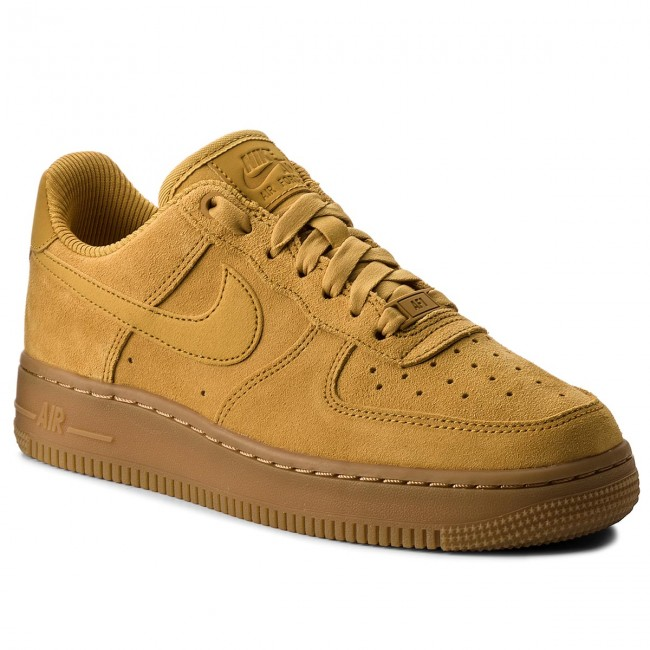 100% authentic 09d60 4b7ef Shoes NIKE - Air Force 1  07 Se 896184 700 Mineral Yellow Mineral Yellow