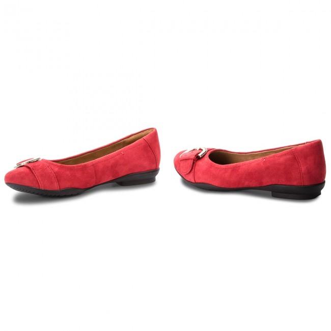 Clarks Lark Ballerina Suede Flats 261355654 Shoes Neenah Red wPX8n0Ok