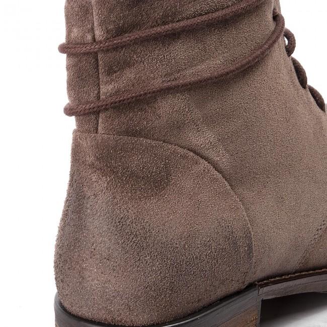 Boots CLARKS - Adelia Stone 261381144