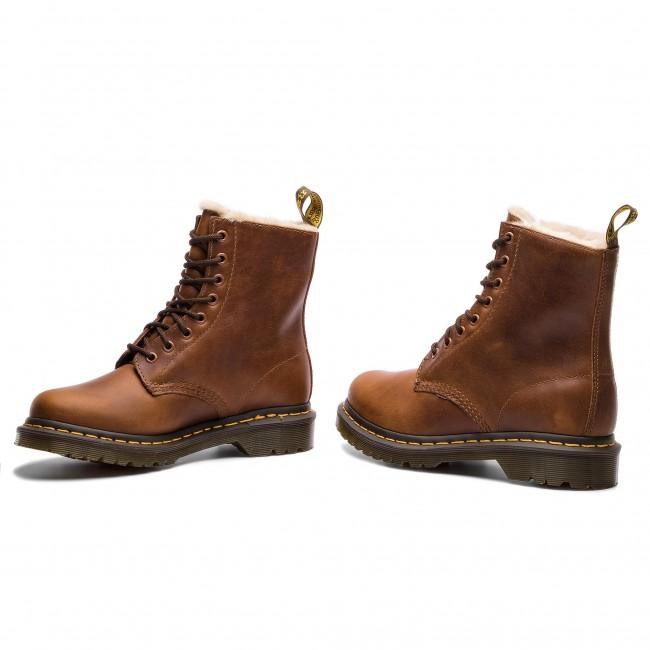 9ed19e520 Combat Boots DR. MARTENS - 1460 Serena 23912243 Butterscotch ...