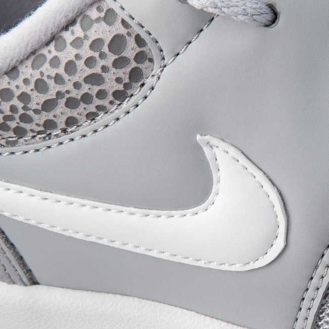 buy online d0993 8fe2b Shoes NIKE - Air Safari 371740 011 Wolf GreyWhiteBlack