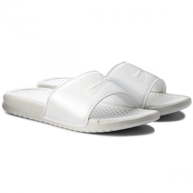 83365b0738dc1f Slides NIKE - Benassi Jdi Metallic Qs AA4149 100 Mtlc Summit Wht Summit  White - Casual mules - Mules - Mules and sandals - Women s shoes -  www.efootwear.eu