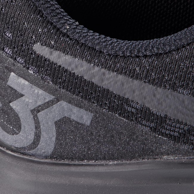 Shoes NIKE - Air Zoom Pegasus 35 942851 002 Black Oil Grey White ... b31f7882a403f