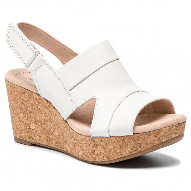 304eb007bd97 Sandals CLARKS - Annadel Ivory 261405934 White - Wedges - Mules and ...