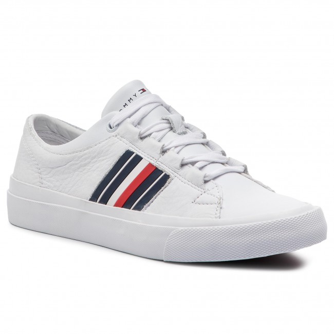 73804fe3bd77 Sneakers TOMMY HILFIGER. Corporate Leather Low Sneaker FM0FM01943 White 100