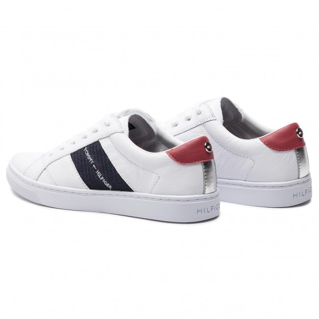 dbfef78ba0ff4 Sneakers TOMMY HILFIGER - Tommy Playful Badge Sneaker FW0FW03996 White 100