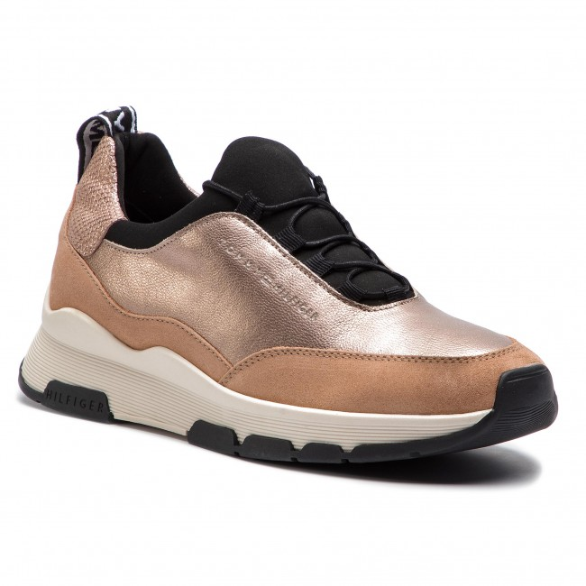 ead7dabc4a734 Sneakers TOMMY HILFIGER. Cool Leather Debossed Sneaker FW0FW04028 Maquillaje  718