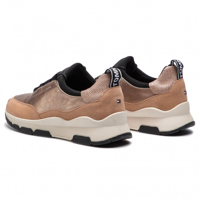 8a8d78a94965e Sneakers TOMMY HILFIGER - Cool Leather Debossed Sneaker FW0FW04028 Maquillaje  718