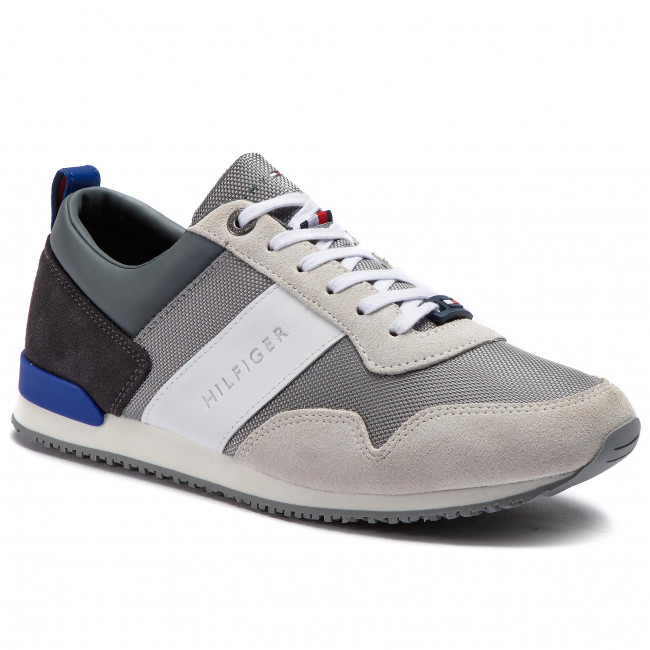 d9671f7cff1e7 Sneakers TOMMY HILFIGER - Iconic Material Mix Runner FM0FM02042 Ice Light  Grey Mazarine Blue