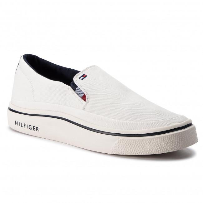 d3eb90c2f5 Plimsolls TOMMY HILFIGER - Lightweight Slip On Sneaker FM0FM02060 ...