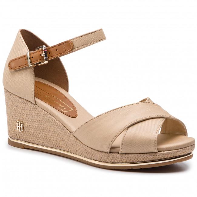 916c8c38f Espadrilles TOMMY HILFIGER. Feminine Mid Wedge Sandal Basic FW0FW04077  Desert Sand 932