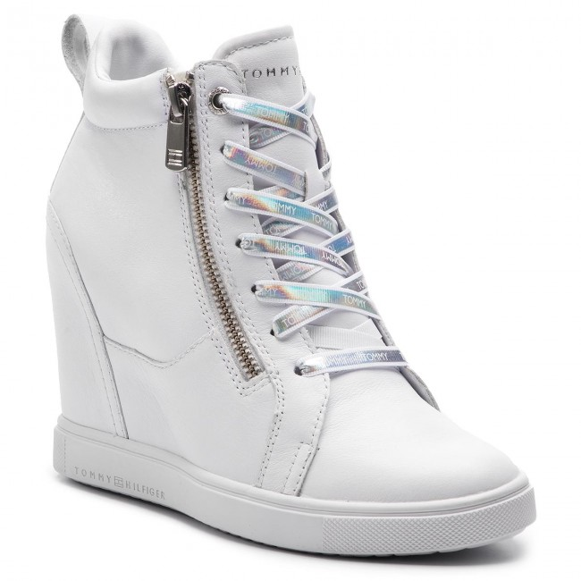 e53d4a03d015 Sneakers TOMMY HILFIGER - Iridescent Dress Sneaker FW0FW03921 White ...