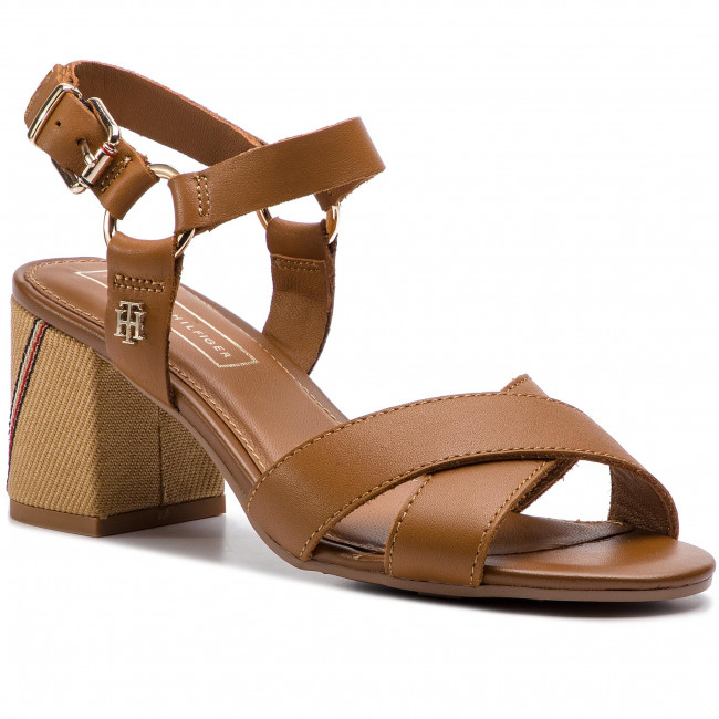 6e490266acd4 Sandals TOMMY HILFIGER - Elevated Leather Heeled Sandal FW0FW04072 ...