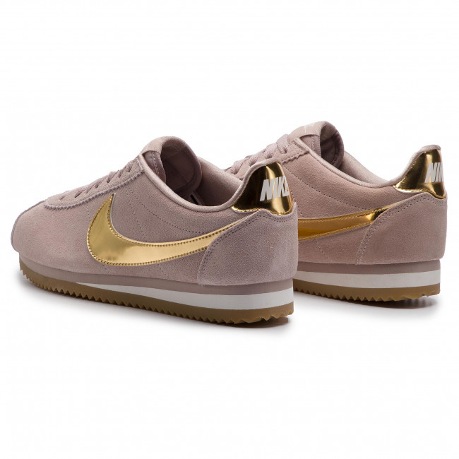save off f2241 3f16e Sneakers NIKE - Classic Cortez Se 902856 204 Diffused Taupe Metallic Gold