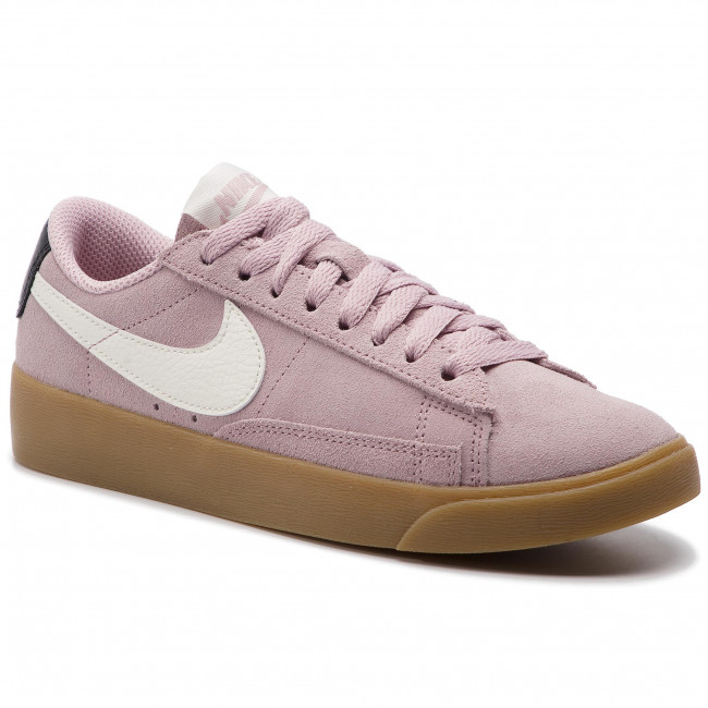 best service ad4cd d84a4 Shoes NIKE - Blazer Low Sd AV9373 500 Plum ChalkSailOil Grey