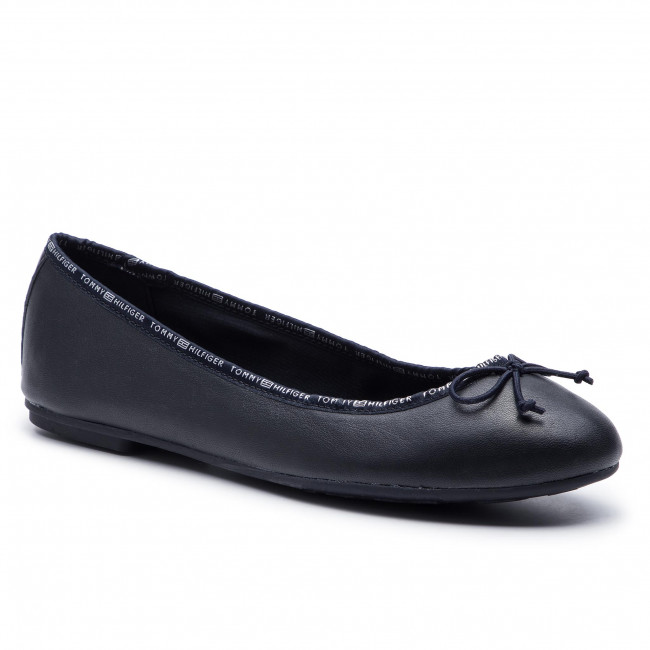 4fa1dea97a960 Flats TOMMY HILFIGER. Leather Ballerina Tommy Branding FW0FW04439 Midnight  403