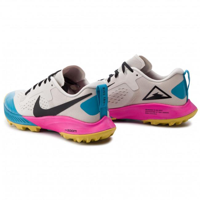 94f9531f721b4 Shoes NIKE - Air Zoom Terra Kiger 5 AQ2220 100 Lt Orewood Brn Black ...