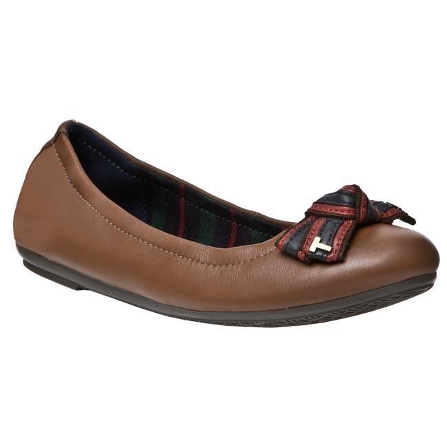 Flats TOMMY HILFIGER - Camilla 31 A FW56815945 606 - Ballerina shoes ... 50a77903a027