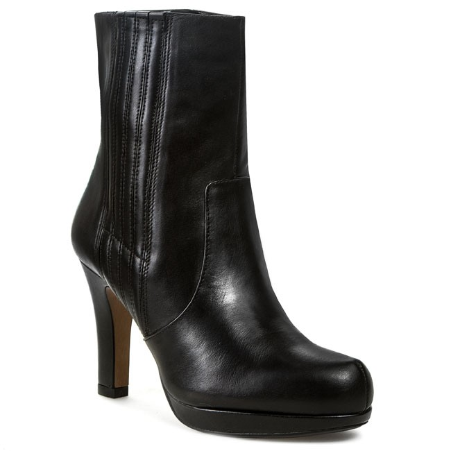 Clarks Kendra Aviva Ankle Boots Color Black  Women