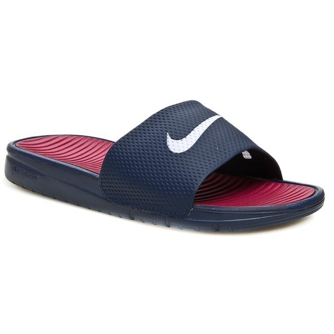 9703770efab9 Buy nike soccer slides   OFF49% Discounted