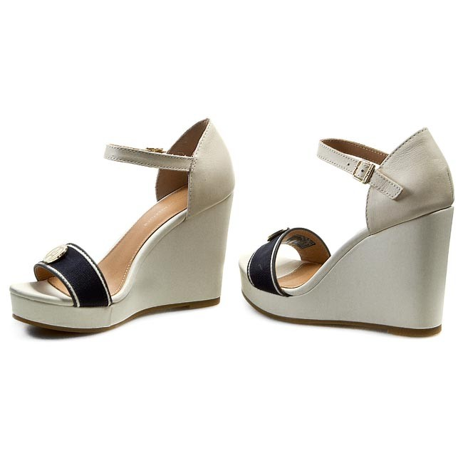 Sandals TOMMY HILFIGER - Emery 59D FW56818545 Whisper White 121 ... 97fc4e8d815