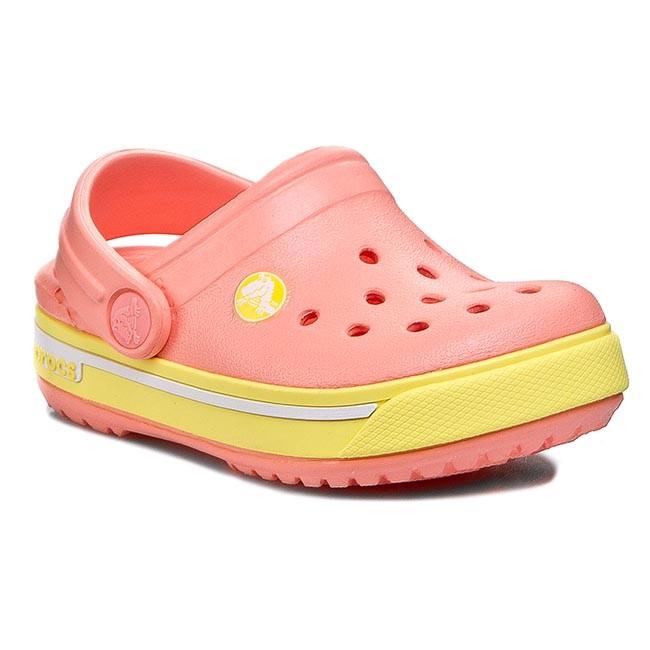 crocs 37