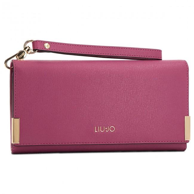 Large Women s Wallet LIU JO - L Bifold Isola A68009 E0087 Kiss 82527 ... 88b1dabc7a9