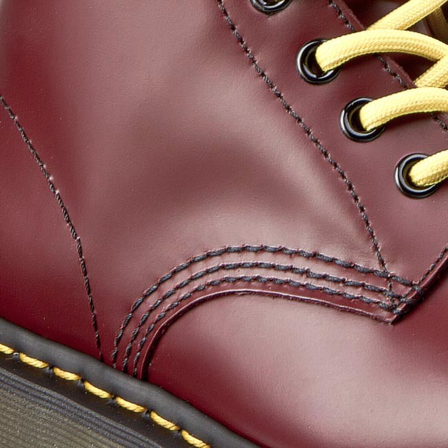 6053c185bc7 Combat Boots DR. MARTENS - 1460 10072600 Cherry Red Smooth - Combat ...