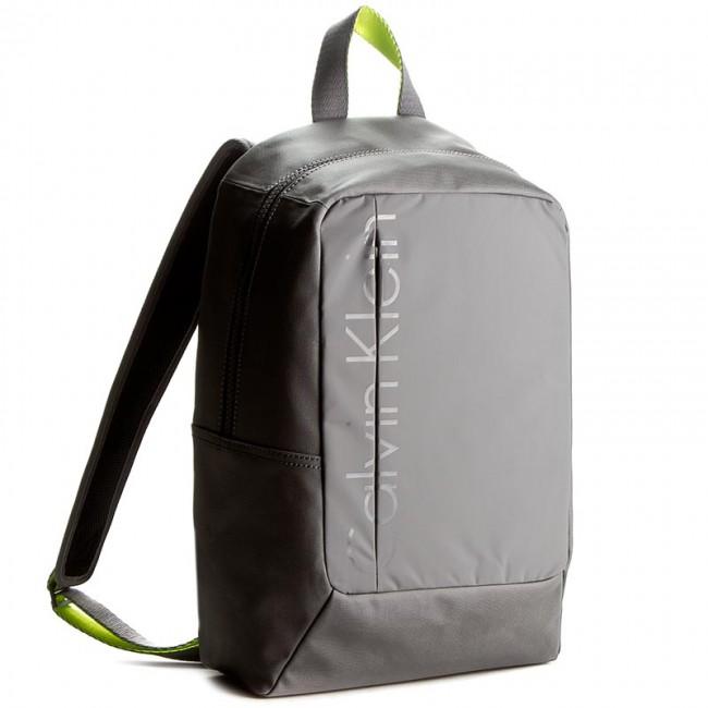 a3a001f8fde Backpack CALVIN KLEIN JEANS - Logan Backpack K50K501009 Essential 093