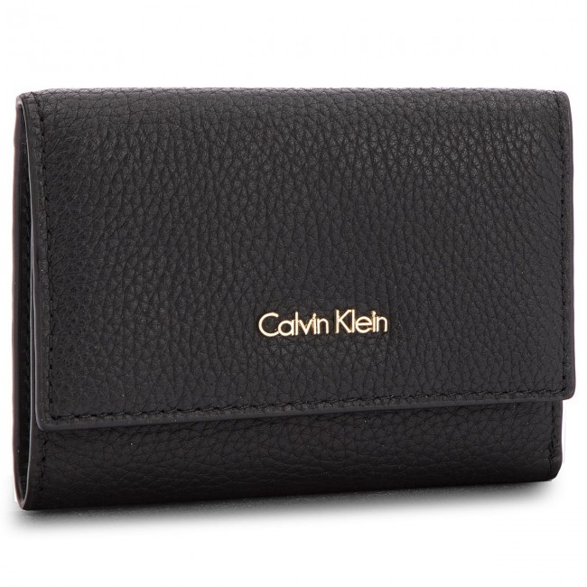 a81f7219c92c2 Small Women s Wallet CALVIN KLEIN - Cosmopolitan Medium K60K603912 ...