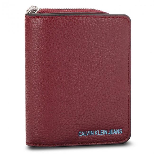 ca37712ba47a5 Small Women s Wallet CALVIN KLEIN JEANS - Ultra Light French W ...