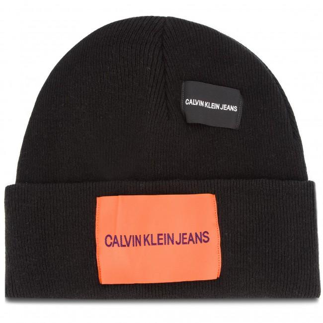 Cap CALVIN KLEIN JEANS - J Patches Beanie W K40K400755 016 - Women s ... d71865cf7c3