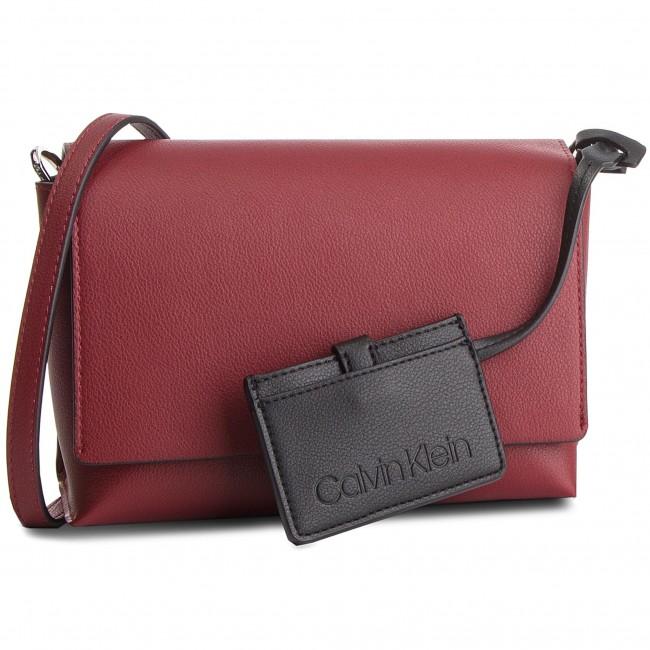 e557d504d2 Handbag CALVIN KLEIN - Tack Med Flap Crosbody K60K604818 242 - Cross ...