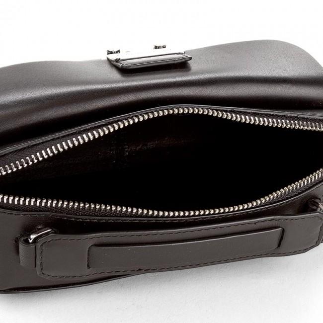 86cb0312fef7 Handbag TOMMY HILFIGER - Fashion Hardware Leather Mini Crossover AW0AW04291  002 - Classic - Handbags - www.efootwear.eu