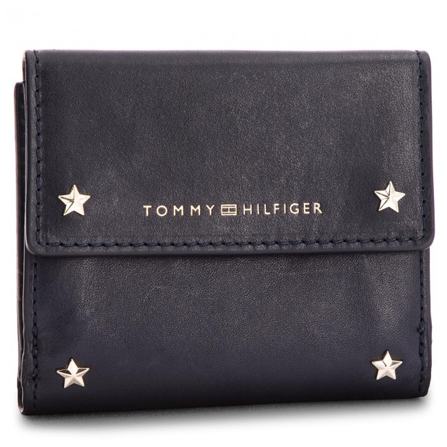 b1f691696bf Small Women's Wallet TOMMY HILFIGER - Star Studded Leather Sm Flap ...
