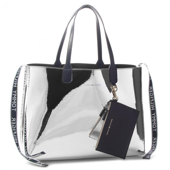 f7b03751 Handbag TOMMY HILFIGER - Iconic Tommy Tote Mt AW0AW05830 907 ...